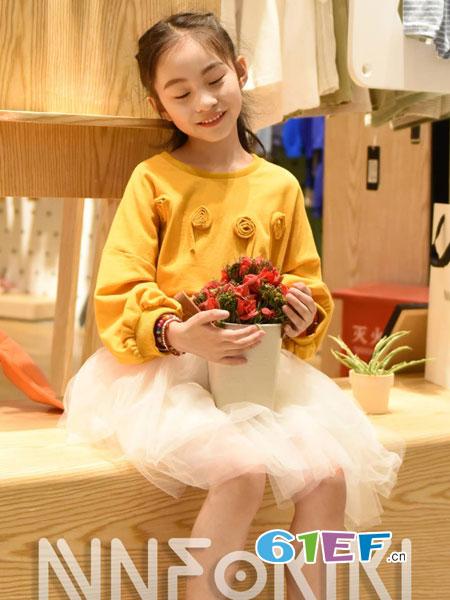 NNE&KIKI童装品牌2018秋冬新款百搭宽松长袖花边可爱卡通图案童上衣