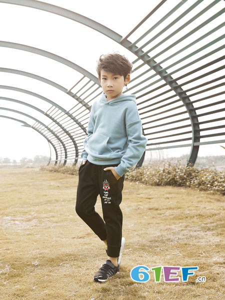 名书曼秀童装品牌2018秋冬套装空白衫中大童儿童运动卫衣两件套
