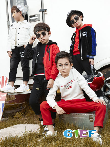名书曼秀龙8国际娱乐官网品牌2018秋冬儿童运动两件套装