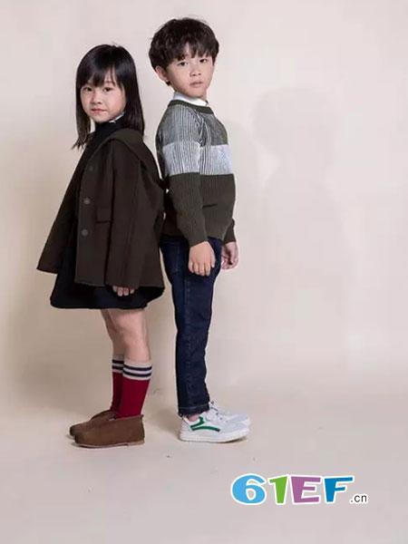 Mayotale童装品牌2018秋冬新款黑色羽绒羊毛呢子大衣套装