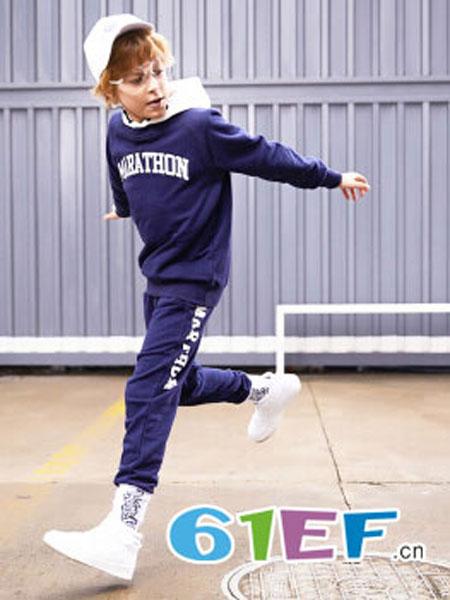 HOO龙8国际娱乐官网品牌2018秋冬卫衣两件套新派学院风
