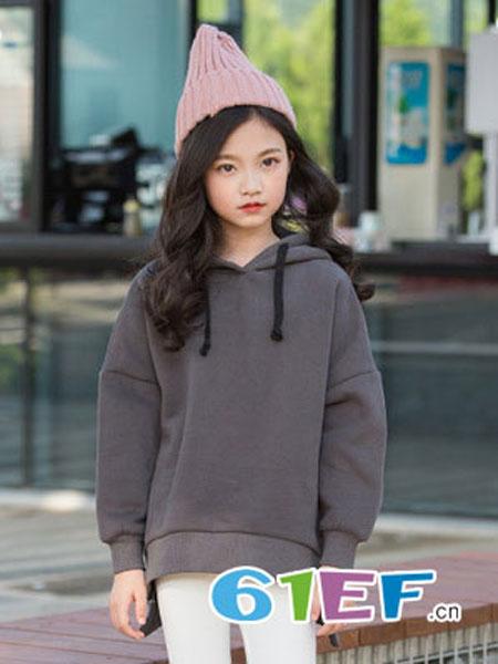 抱抱哦龙8国际娱乐官网品牌2018秋冬连帽外套长袖时尚