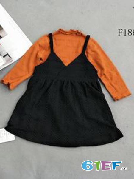 出脚小鱼龙8国际娱乐官网品牌吊带裙套装