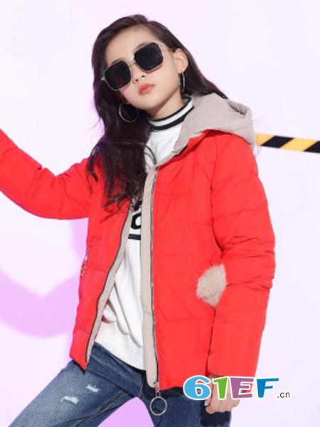 凯弥鼠龙8国际娱乐官网品牌2018秋冬红色连帽外套