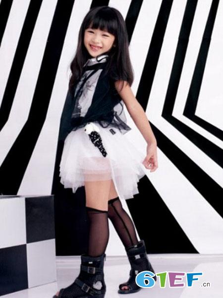猪跑跑龙8国际娱乐官网品牌潮童连衣裙