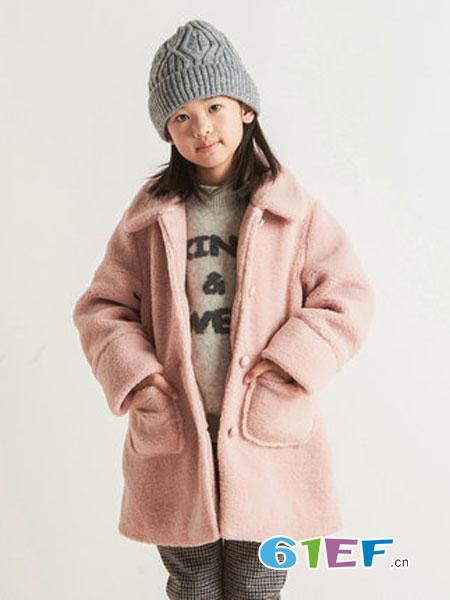布景童装品牌2018秋冬呢大衣翻领粉色中长款