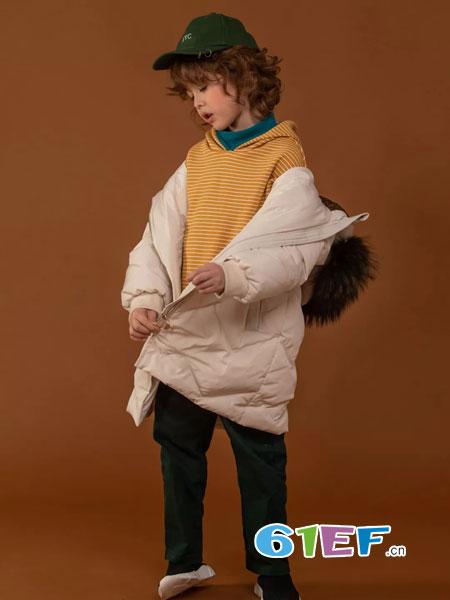WISEMI威斯米童装品牌2018秋冬外套上衣韩版拼色开叉上衣