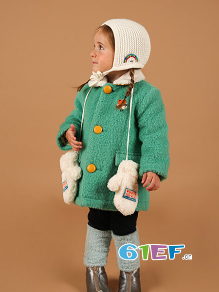 BEBE DE PINO(贝贝品诺)童装品牌2018秋冬绒面纯色毛呢外套