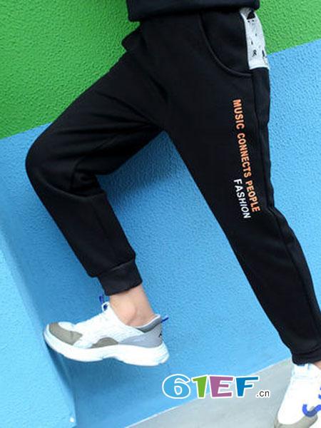 宝贝保暖从腿开始 冬季潮童时尚长裤