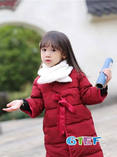 萌宝基地童装品牌2018秋冬拜年服儿童夹棉旗袍韩版棉服送围脖