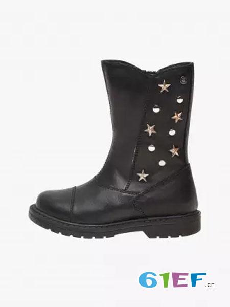 萌娃优质雪地靴 让宝贝温暖渡过寒冷天