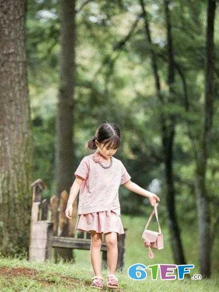 魔方童装品牌2019春季宽松短袖休闲时尚套装