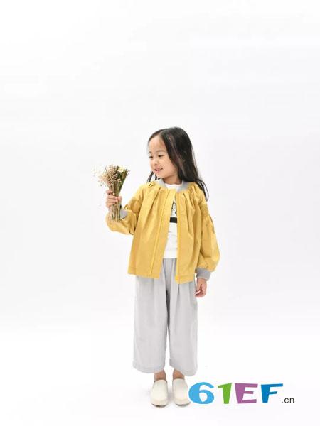 BETOBE童装品牌2019春季新款洋气纯棉翻领潮