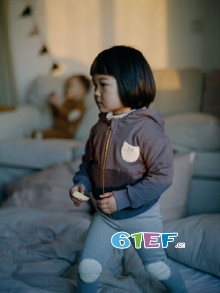 Petit Projects 璞跶童装童装品牌2018秋冬连帽拉链外套