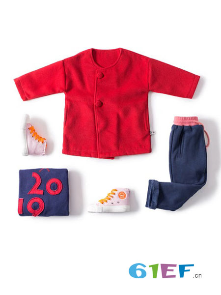 mayas童装品牌2018秋冬新款纯色袖子绣花呢大衣短款外套