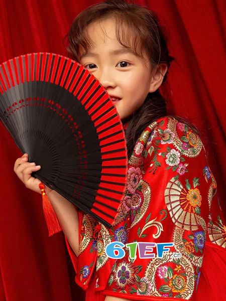 爱法贝童装品牌2019春季刺绣假两件套蓬蓬裙