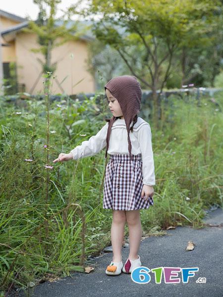安米莉AMILRIS童装品牌2019春季高腰格子半身裙两件套