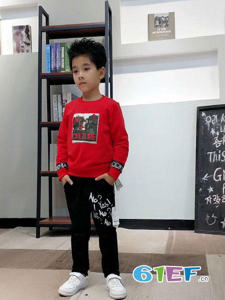 动点酷站童装品牌2018秋冬圆领纯棉印花卫衣大码两件套修身显瘦