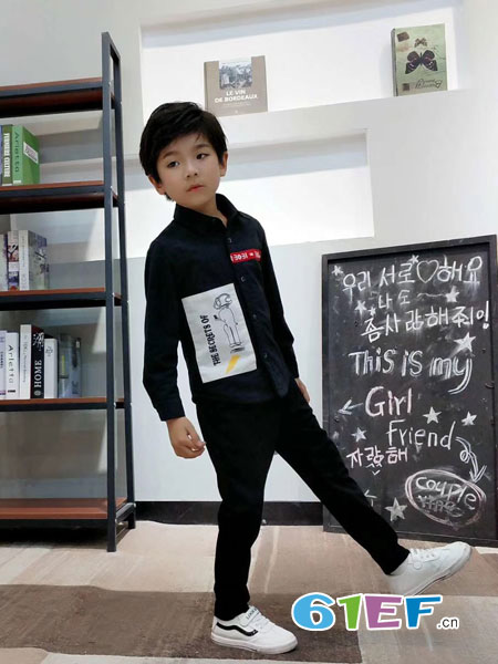 动点酷站童装品牌2018秋冬新款儿童衬衣中大童韩版