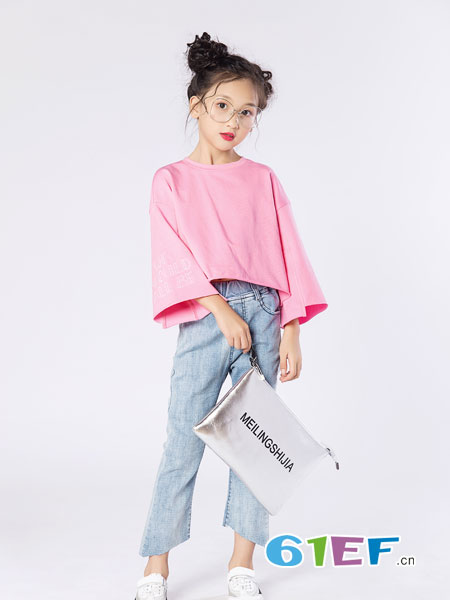名书曼秀童装品牌2019春夏宽松显瘦圆领套头纯色百搭中长款打底衫