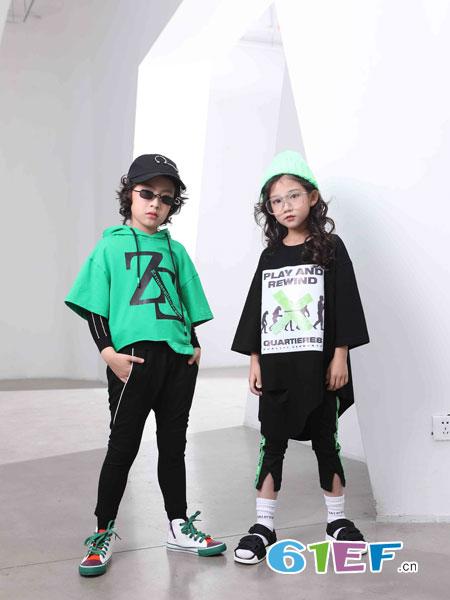 下一个奇迹童装品牌2019春夏新款潮高领拼皮宽松休闲针织毛衣