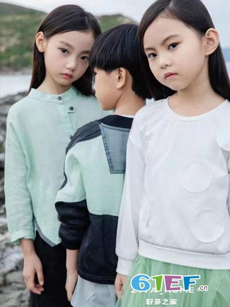 籽芽之家童装品牌2019?#26477;?#20799;童洋气时尚宽松长袖上衣