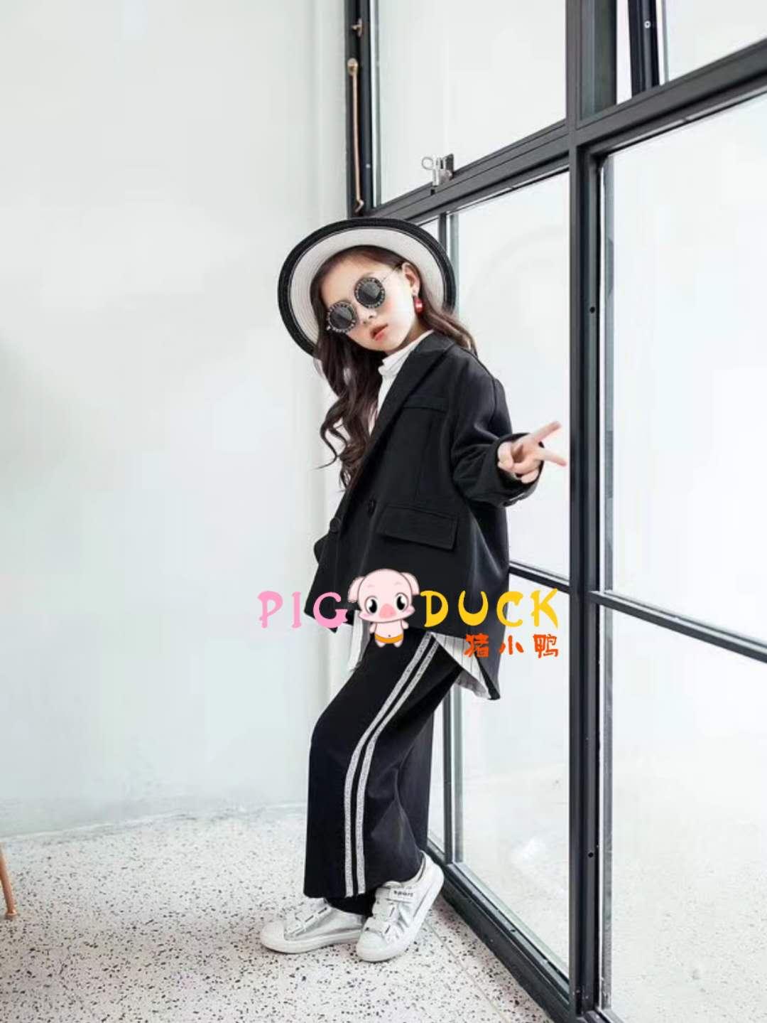 小神童童装品牌2019春夏新品套装折扣批发走份
