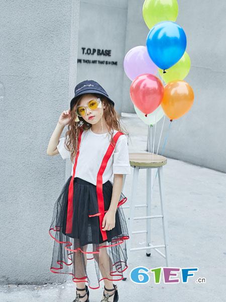 叽叽哇哇童装品牌2019春季新款百搭时尚显瘦纯色简约拼接T恤短袖上衣潮