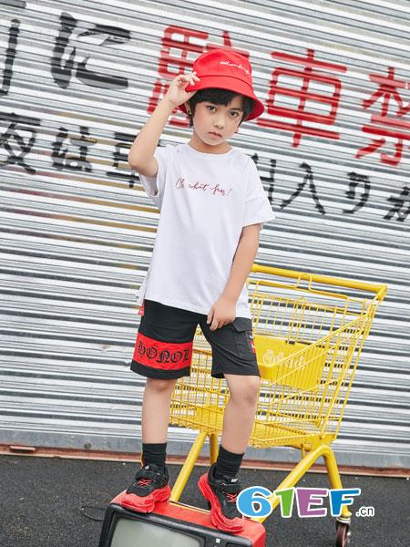 叽叽哇哇童装品牌  健康、快乐、时尚