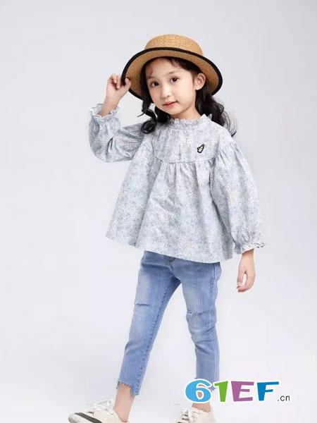 菲丁波特童装品牌2019春季新款碎花上衣儿童娃娃衫