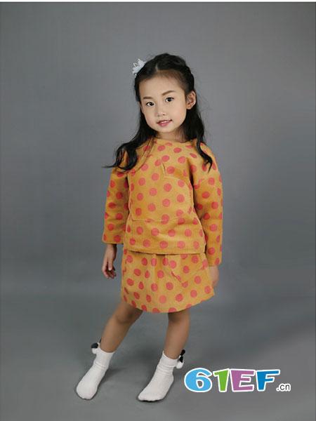 SSPY童装品牌2019春夏时尚洋气灯芯绒波点长袖套装