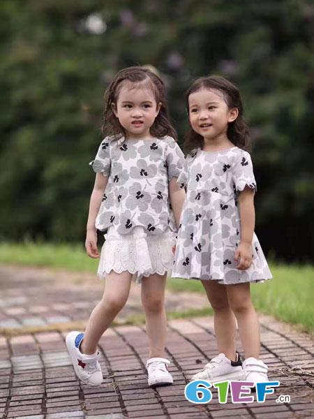 SCIACCAmini夏卡豆丁童装品牌2019春季纯棉短袖连衣裙 星星满印连衣裙