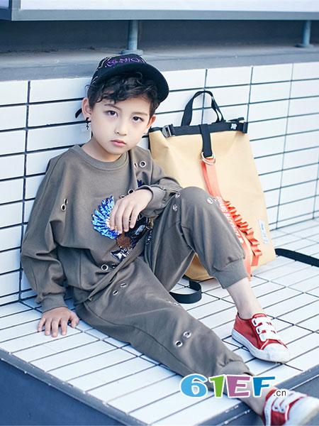 宠来宠趣童装品牌2019春夏麦H派韩版潮童卫衣套装