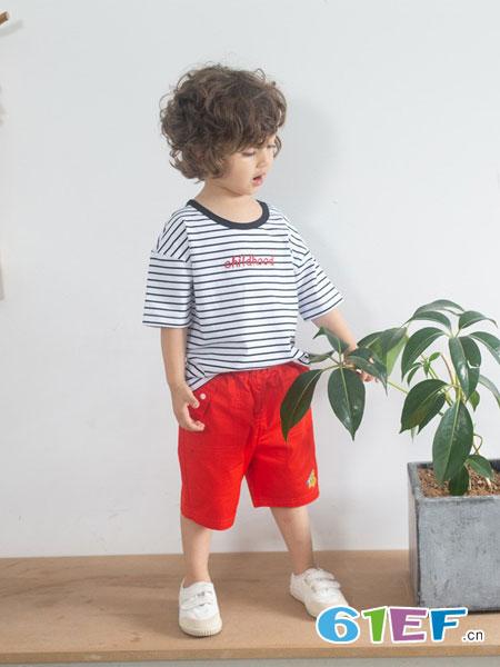 朵拉迪亚哥童装品牌2019春夏圆领字母条纹上衣