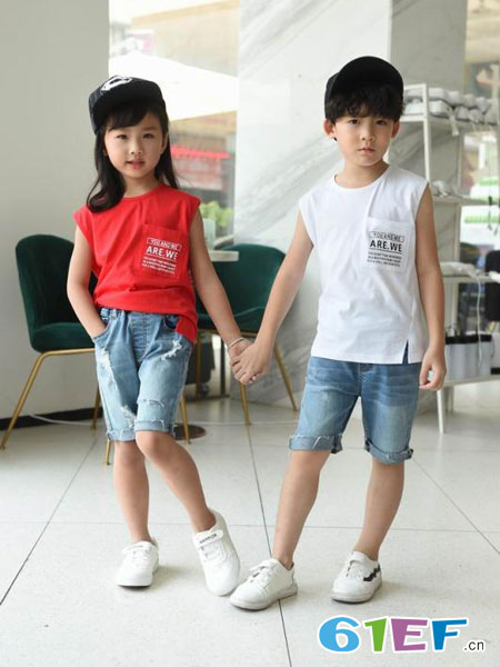 BennyJenny童装品牌2019春夏宽松坎袖贴布印花学生无袖t恤