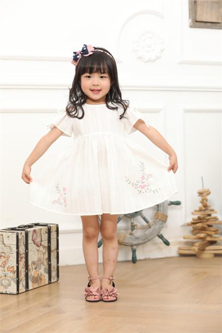 木子MUUZI童装 诠释儿童舒适、 优雅、自然的生活状态