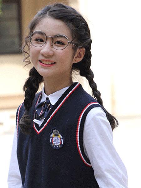 Smiling Horse/哈马童装品牌2019春季学生毛衣礼服套装