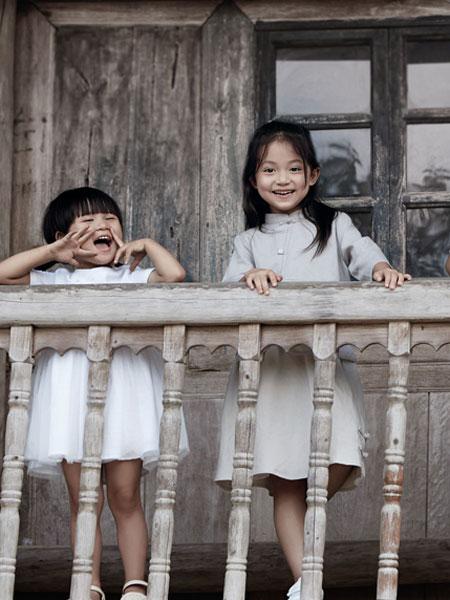 森虎儿童装品牌2019春夏民国风表演服幼儿园园服校服