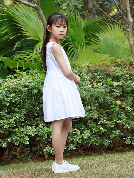 木言汀童装品牌2019春夏简约主义白色无袖女生裙子显瘦文艺