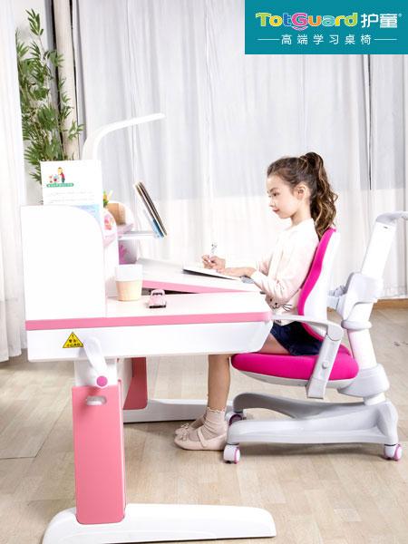 护童儿童家具诚邀代理,专注于高端儿童学习桌椅
