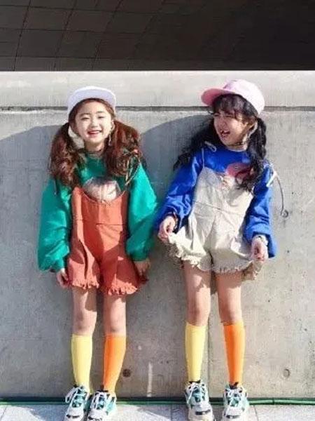 优优巴斯童装品牌2019秋冬新款宽松韩版嘻哈