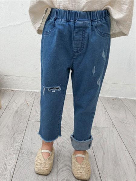 萌量不足童装品牌2019春夏不规则弹力修身破洞长裤