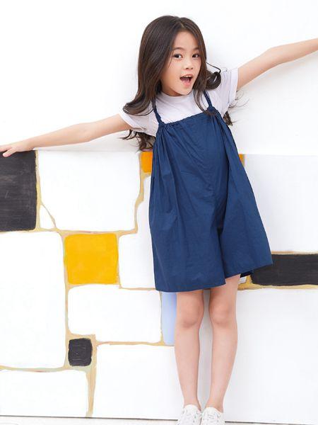小鬼当家童装品牌2019春夏新款韩版儿童吊带抹胸长裙中童连衣裙