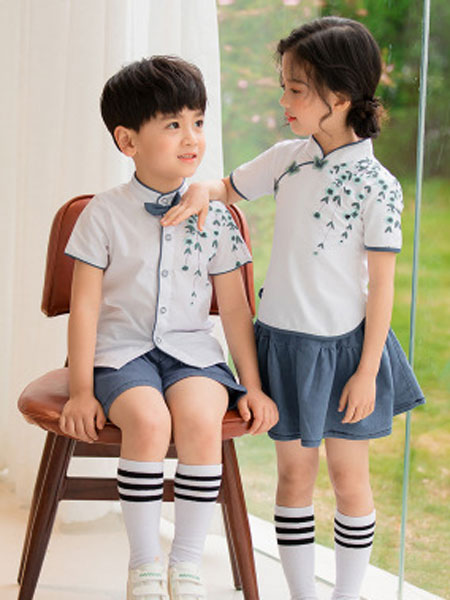 哈利欧童装品牌2019春夏中国风儿童表演服小学生班服套装校服