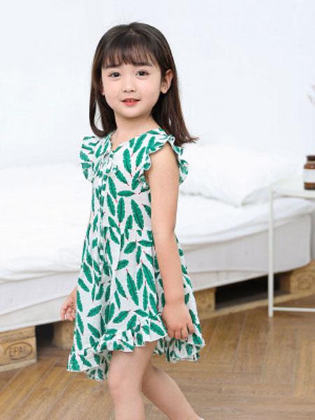 韩芽儿童装品牌2019春夏清新树叶印花斜摆连衣裙小飞袖儿童裙子