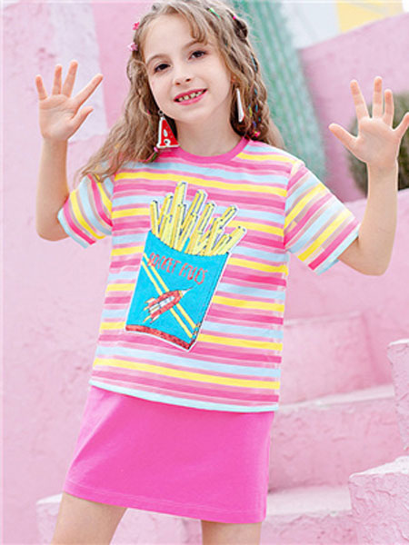 理想之光童装品牌2019春夏条纹五彩T恤