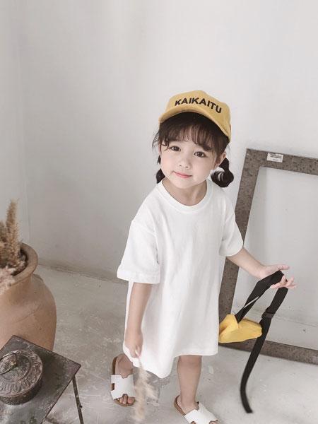 椰木童装品牌2019春夏女童字母印花连衣裙T恤