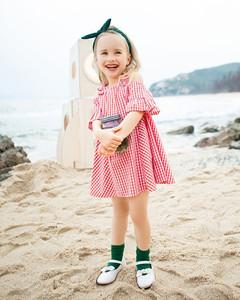 加盟成本低的品牌,小神童童装品牌0.5-1.8折发货