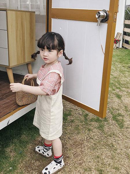 左左王子童装品牌2019春季背带裙韩版可爱糖果色纯色背带裙子