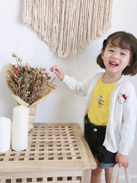 卡兰特童装品牌2019春夏纯棉蝴蝶结猫咪绣花针织开衫